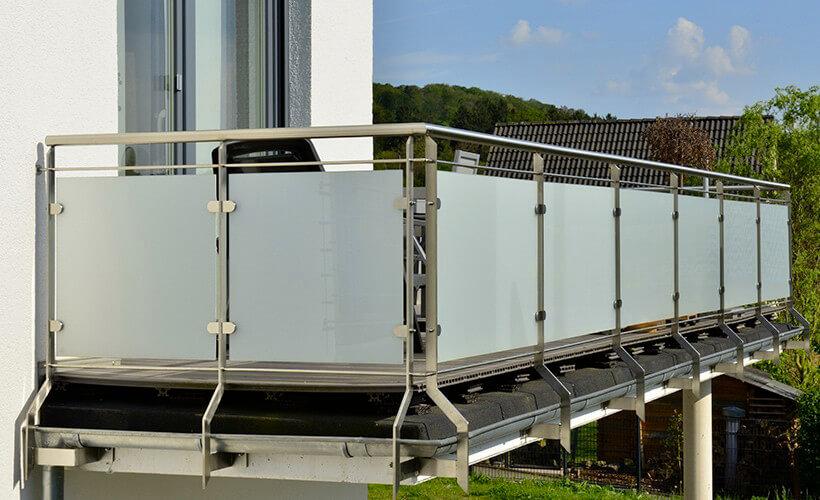 Krakolinig-Metall-Design-Balkon